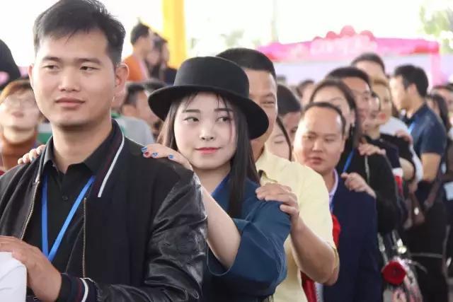 9月24日(周日),爱在金秋第22届粤港万人相亲会等你来